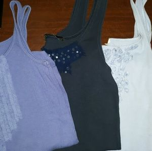 (3) material embelleshed tanks (xs)